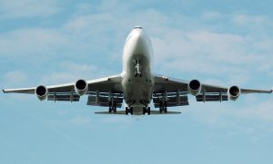 airplane-749535_1280